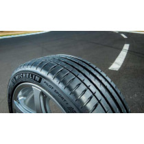 Michelin Pilot Sport 4 R19 255/35 96Y XL